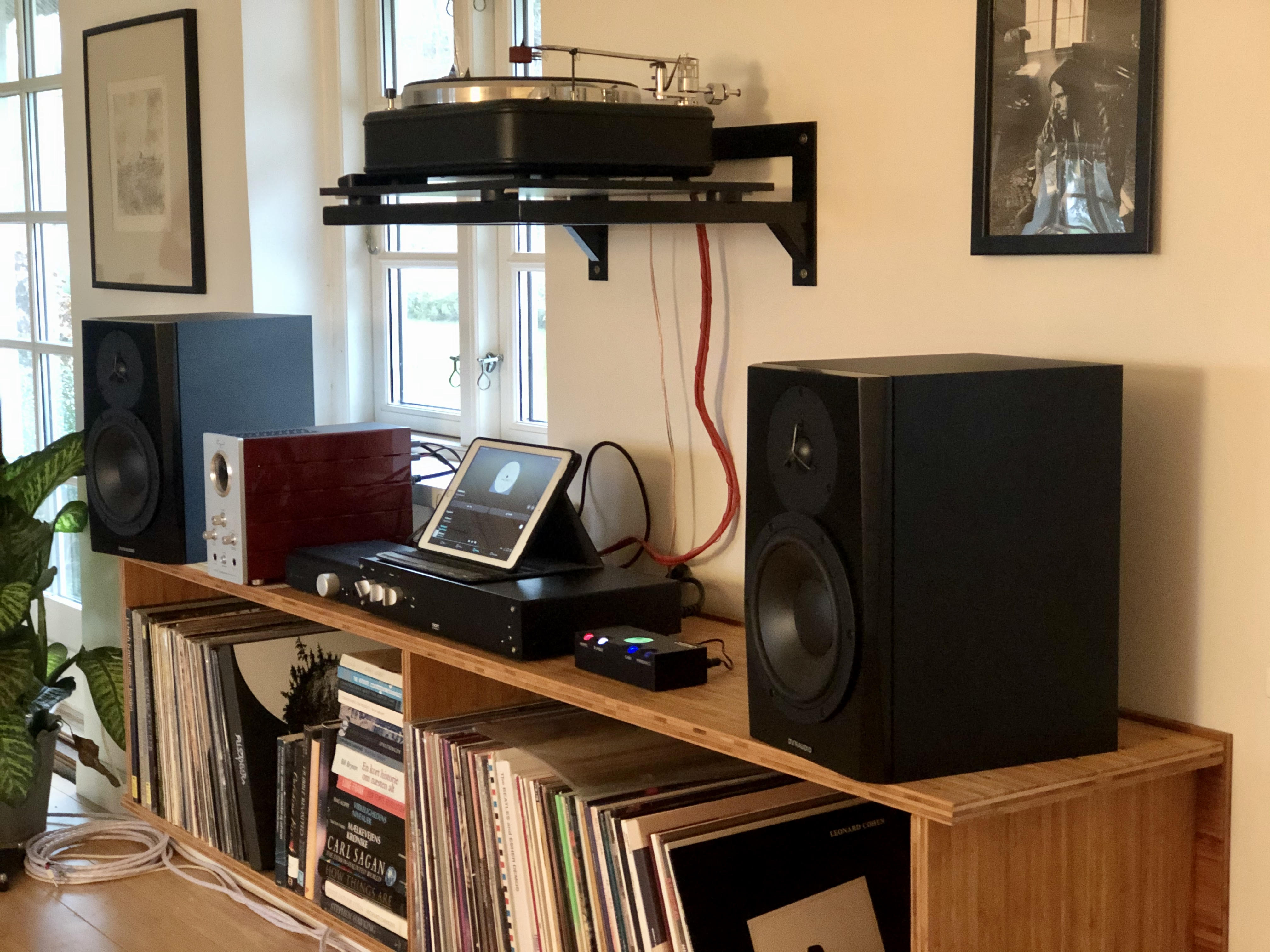 Dynaudio lyd 8 and turntable and phonostage